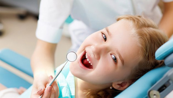 Put A Back-To-School Dentist Visit On Your To-Do Checklist