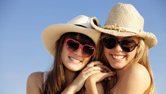 Five Dental Hygiene Tips You Need to Take With You on Spring Break